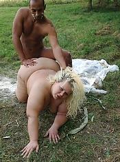 Watch BBW hottie Cynthia and her boyfriend suck and fuck each other like wild beasts